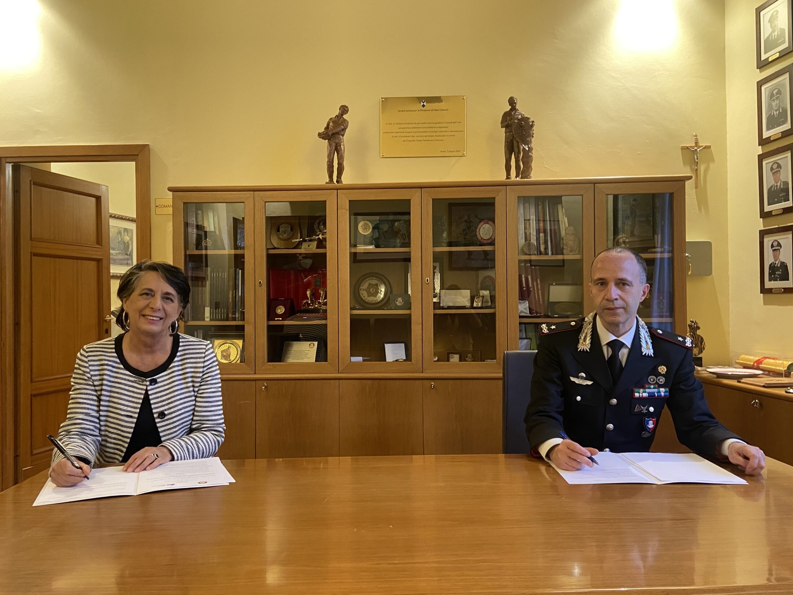 Firma dell'accordo FSBAC-CCTPC